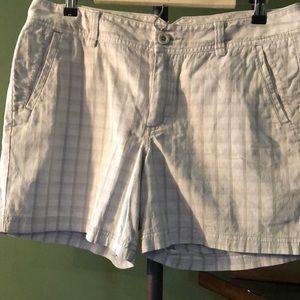 Lady Dockers Shorts Size 12